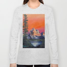 Mountains in Canada Long Sleeve T-shirt