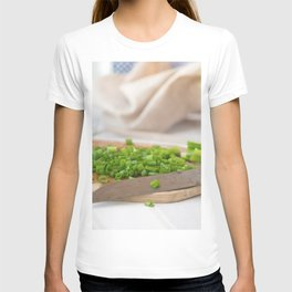 #Country #house #love #fresh #spring #onions T-shirt