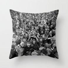 Mass hysteria Throw Pillow