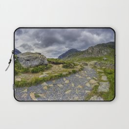 Ramblers Path To Tryfan Laptop Sleeve