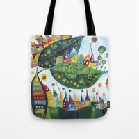 snail Tote Bags featuring Snail by Annabies