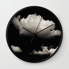 Mis nubes Wall Clock