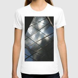 Intriguing  DPG150525a T-shirt