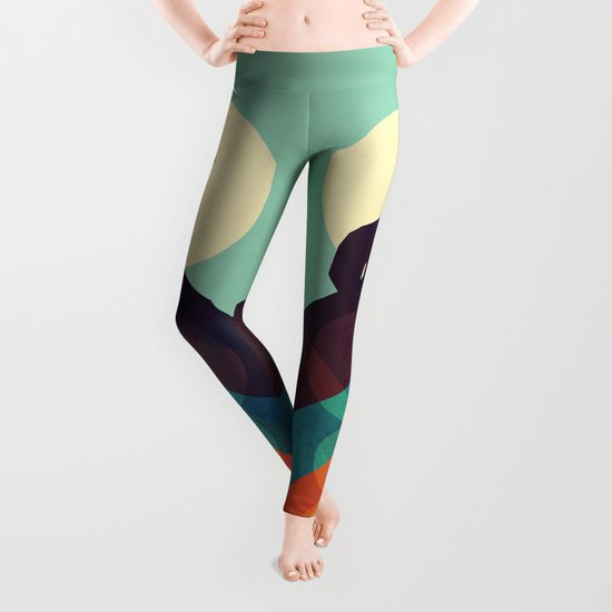 Howling Wild Wolf Leggings