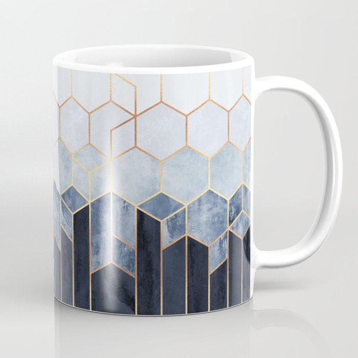 Soft Blue Hexagons Kaffeebecher