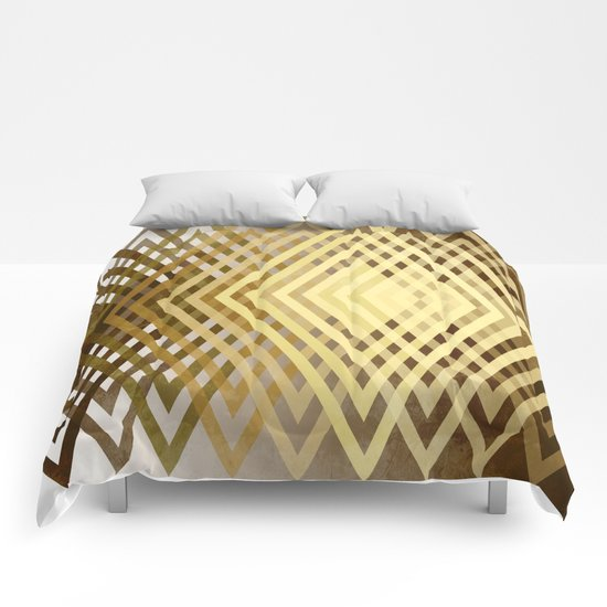 CUBIC DELAY Comforters