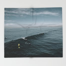 Summer Surf Session Throw Blanket