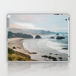 Alone in the beauty of the earth Laptop & iPad Skin