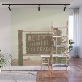 welcome to colorful colorado Wall Mural