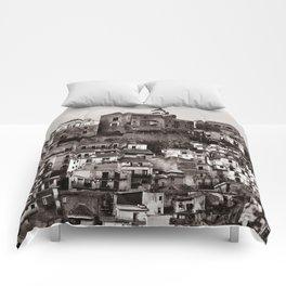 """Urban Landscape of Sicily """"VACANCY"""" zine Comforters"""
