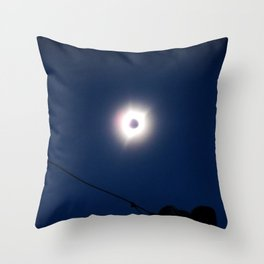 Total Eclipsy Eclipse 1 - 2017 Throw Pillow