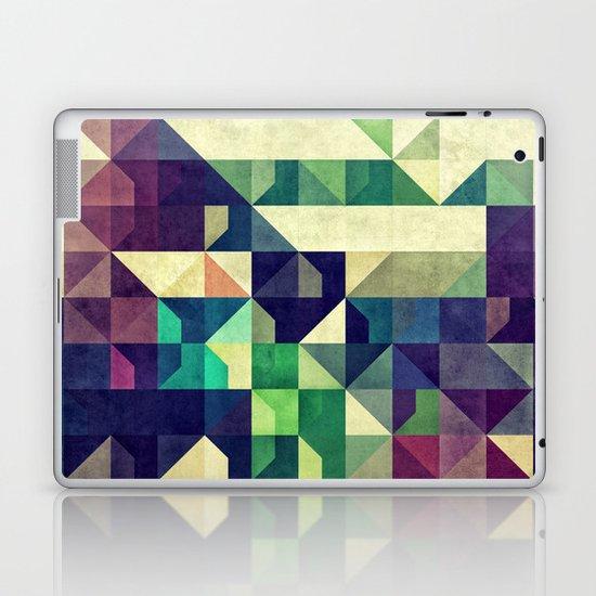 Tyo DDz Laptop & iPad Skin