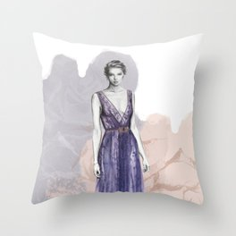 Afrodita I Throw Pillow