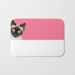 Peeking Siamese Cat - Funny cat meme for cat lovers, cat ladies gifts for cat people Bath Mat