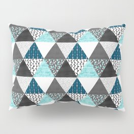Triangle Quilt in Blue Pillow Sham
