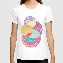 Squiggles & Quilts  T-shirt