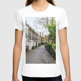 London, England 18 T-shirt