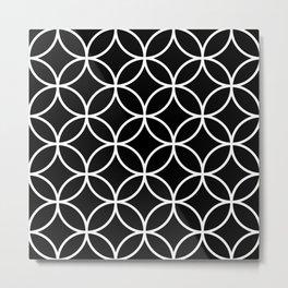 Interlinking Circles Pattern White on Black Metal Print