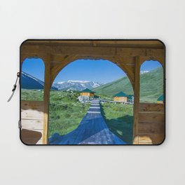 Teplyi kluch - geothermal source in the Altai Mountains Laptop Sleeve