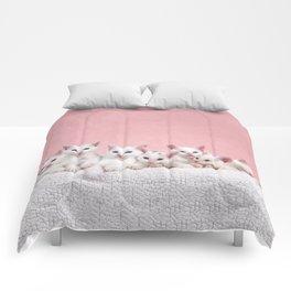 Bedtime for Seven Fluffy White Kittens Comforters
