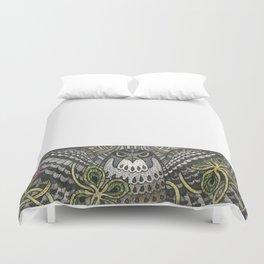 Falcon on clover Duvet Cover