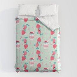 Strawberry poison milk 2 Comforters