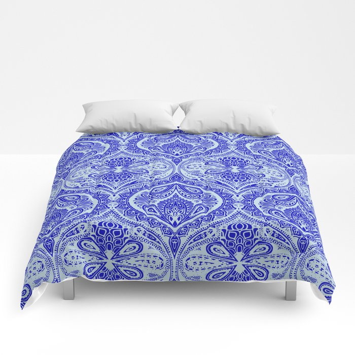 Simple Ogee Blue Comforters