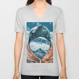 climber in the everest Unisex V-Neck