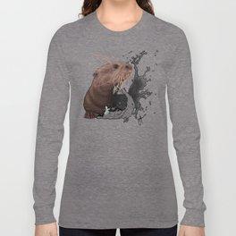 Cujo giant river otter Long Sleeve T-shirt
