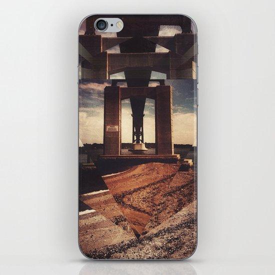 mnt hpe iPhone & iPod Skin