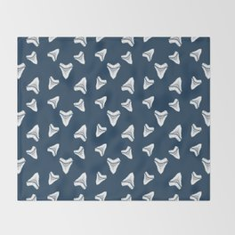 Sharks Tooth Pattern Throw Blanket