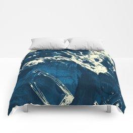 Tearing Comforters