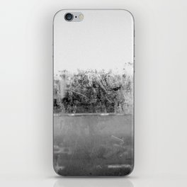 A través del cristal (black and white version) iPhone Skin