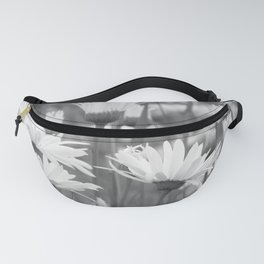 Among the Daisies Fanny Pack