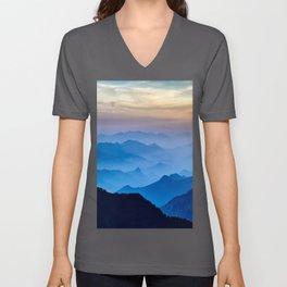 Mountains 11 Unisex V-Ausschnitt