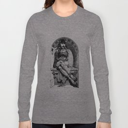 Lady in niche Long Sleeve T-shirt