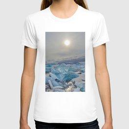 Blue Ice - Jökulsárlón Lagoon T-shirt