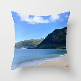 oahu west side Throw Pillow