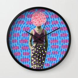 Walking Dot Wall Clock