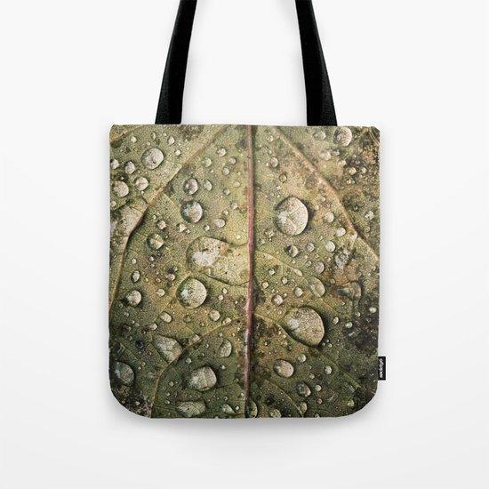 Water on leaf Tote Bag