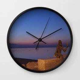 Anis del mono Wall Clock