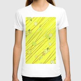 Creeping Flower & Leaves 5 T-shirt