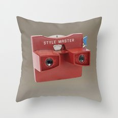 STYLE MASTER VIEWER Throw Pillow