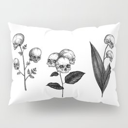 Skull Flowers I Pillow Sham