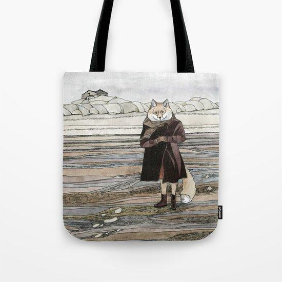 Fox in Sand Dunes Tote Bag
