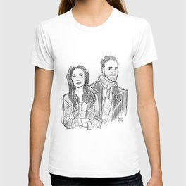 elementary: holmes and watson (sketch) T-shirt