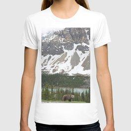 Bear in the north #society6 #buyart T-shirt
