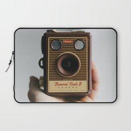 Vintage Old Photo Camera   Camara de fotos antigua Laptop Sleeve
