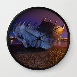 Merchant seafarer's war memorial 1 Wall Clock
