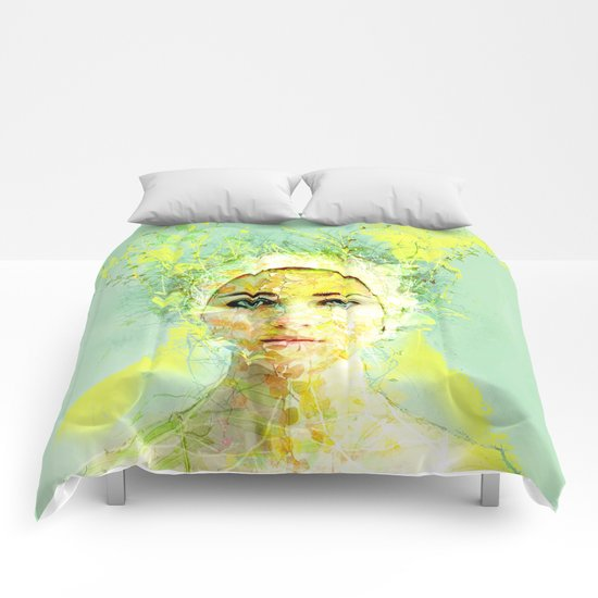 floral woman Comforters